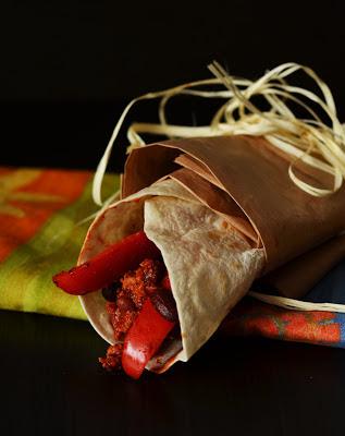 tortilla z mięsem mielonym, tortillaz warzywami, tex-mex
