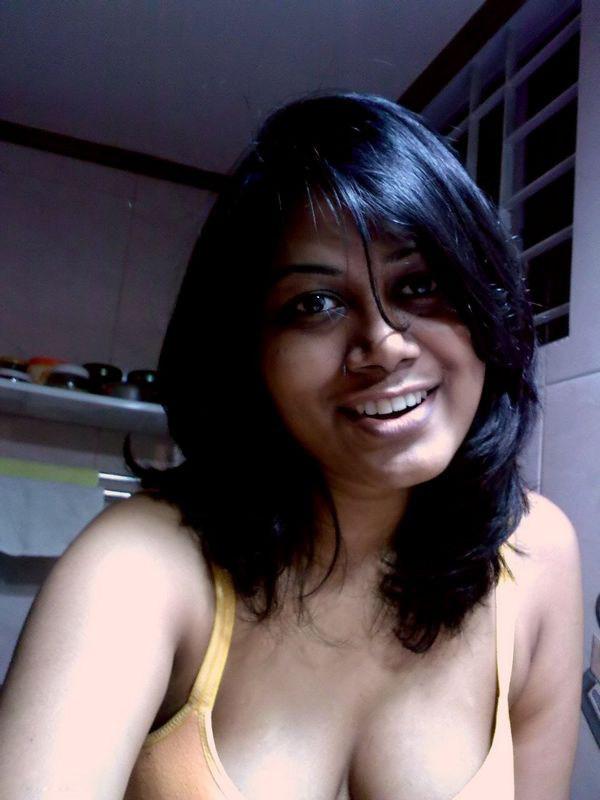 young-indian-nude-self-shot-black-men-blowjobs-gifs