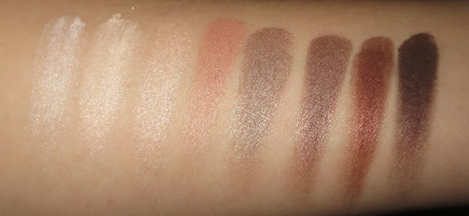 Clinique All About Shadow 8-Pan Palette in Neutral Territory 2 Swatches
