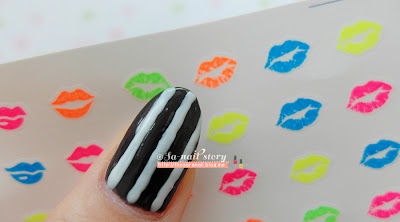 Luminous Nail art, glow-in-dart nail stickers
