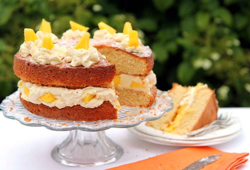 http://recipes.sandhira.com/mango-cream-cake.html