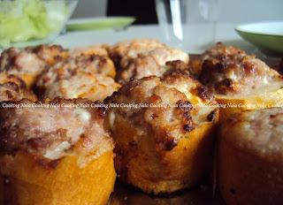 crostini stracchino e salsiccia