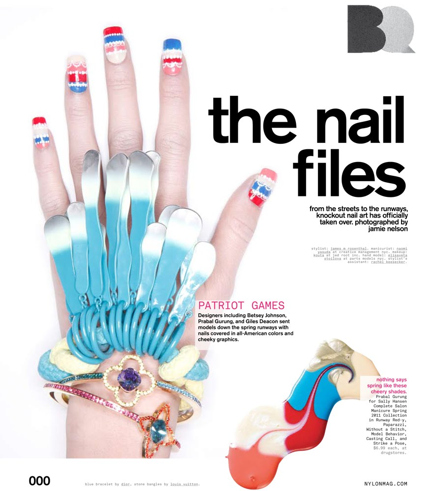 Nail Art Nail Designs Graphic Metallic Manicure- Shoot with ...