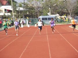 ประมวลภาพการแข่งขันมหกรรมกีฬานักเรียน นักศึกษาจังหวัดสุรินทร์ ประจำปีงบประมาณ 2555