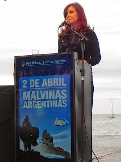ACTO POR LOS COMBATIENTES DE MALVINAS, EN PUERTO MADRYN.