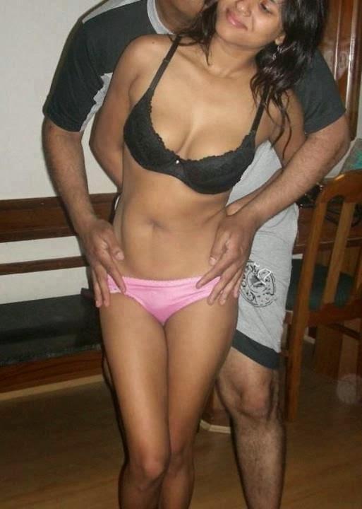 The Gal With Big Boobs indianudesi.com