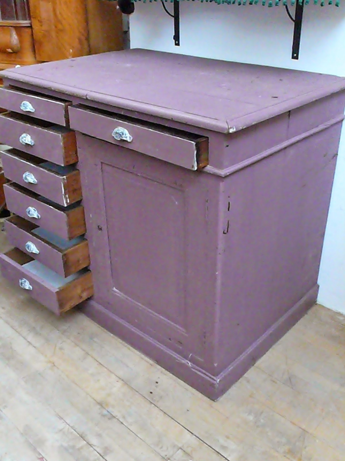 meuble semainier bazar vintage bazar brocante. Black Bedroom Furniture Sets. Home Design Ideas