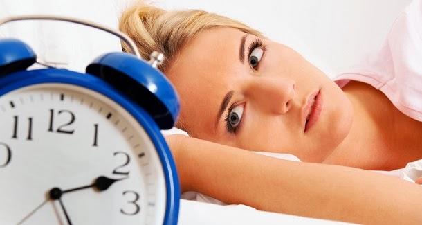 Um snack antes de dormir ajuda ou prejudicar o seu sono?