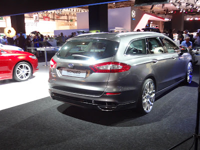 2013 Ford Mondeo estate rear