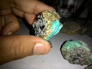 batu bacan kerikil