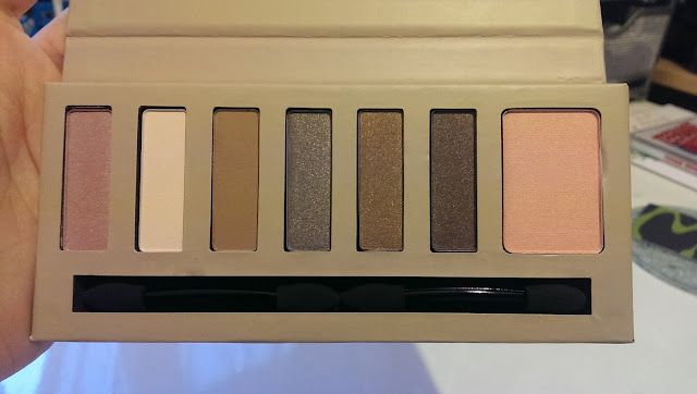 The BarryM natural glow palette
