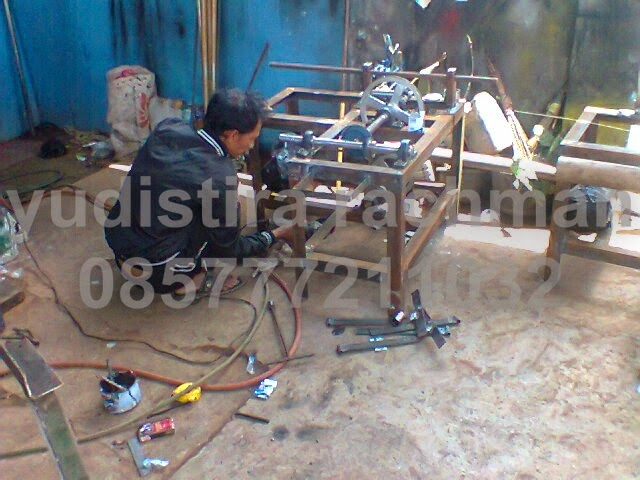 mesin gulung rafia Tangerang