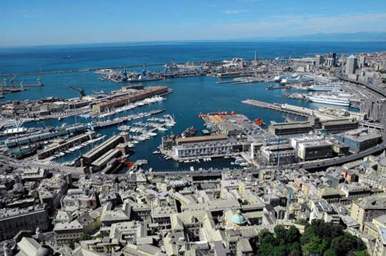 El puerto de Génova, llegada de numerosos cruceros