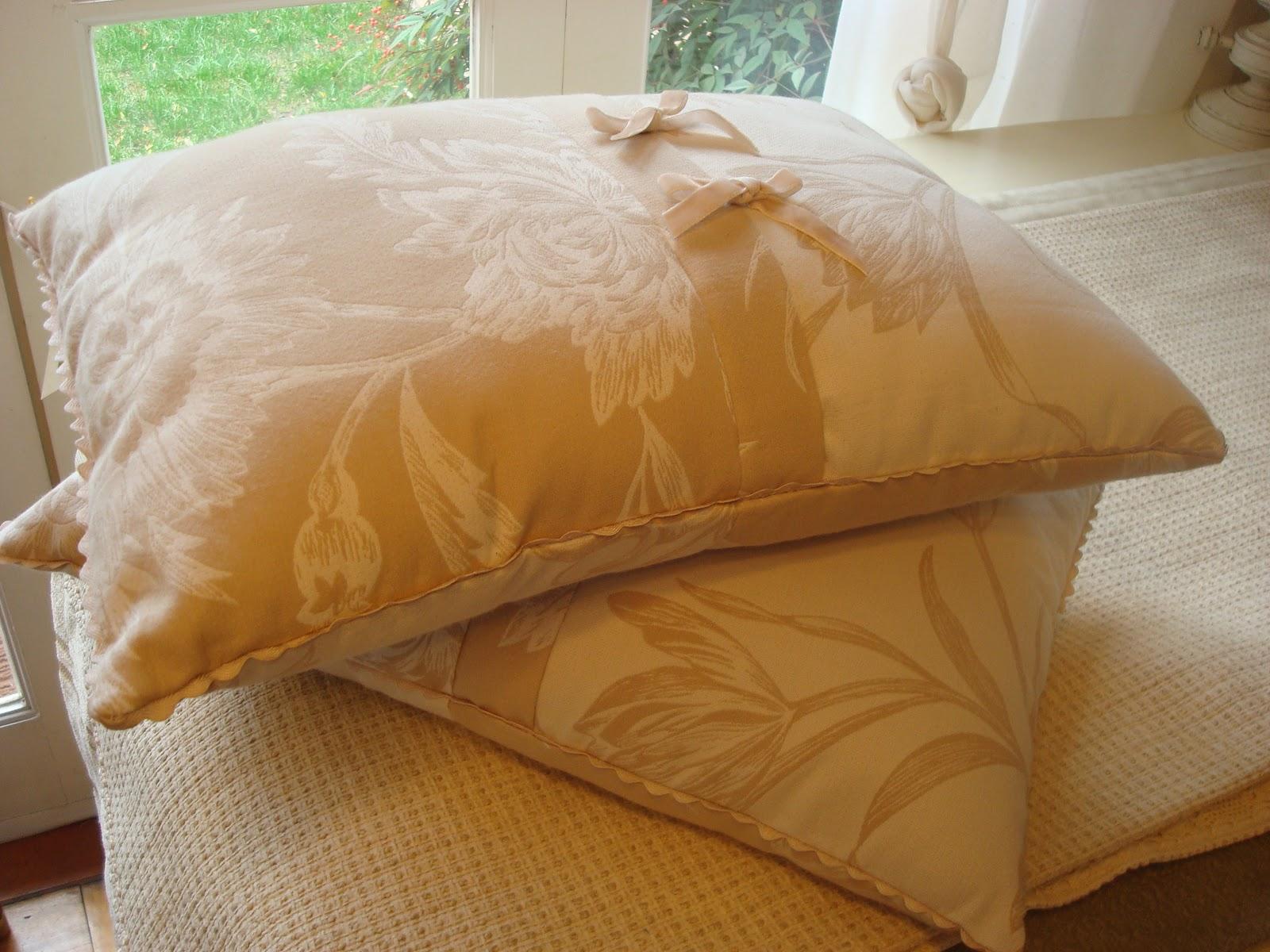 Paz montealegre decoraci n cojines originales cojines - Cojines para dormitorio ...