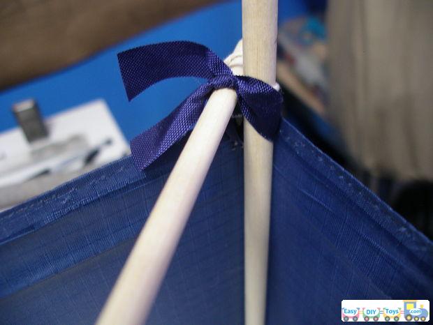 How to make a homemade box kite 2