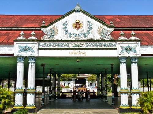 Wisata Budaya Keraton Yogyakarta Hadiningrat