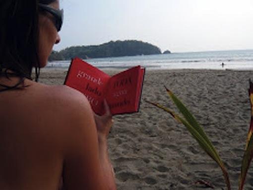 Lana con Carol, Costa Rica, 2010