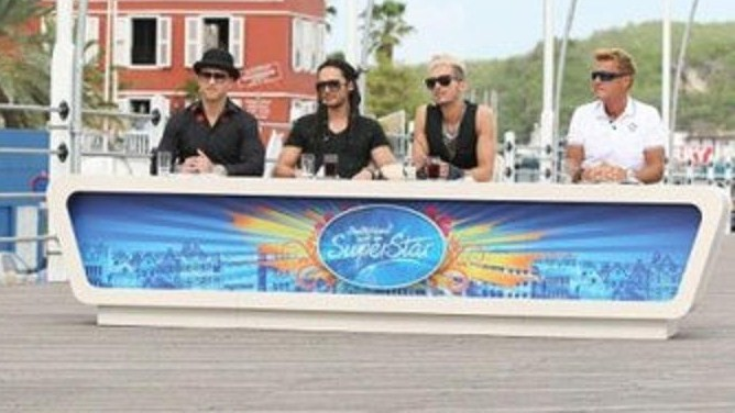 Bill y Tom en Willemstad, Curaçao [12.11.12] - Recall -  69819_596441813717827_1333557854_n