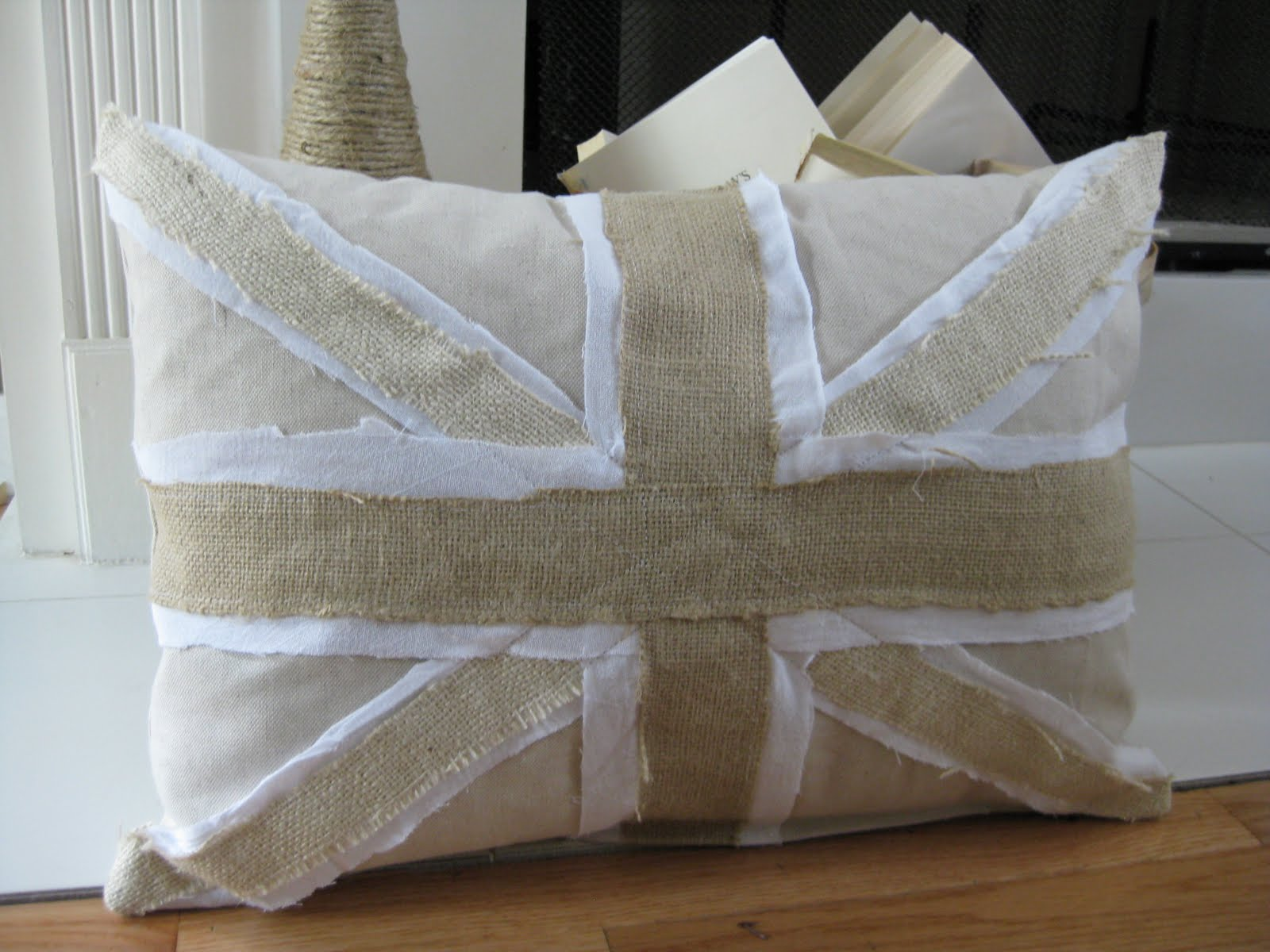 Shabby Chic Union Jack Pillow : Crafty Couture: Union Jack Pillow