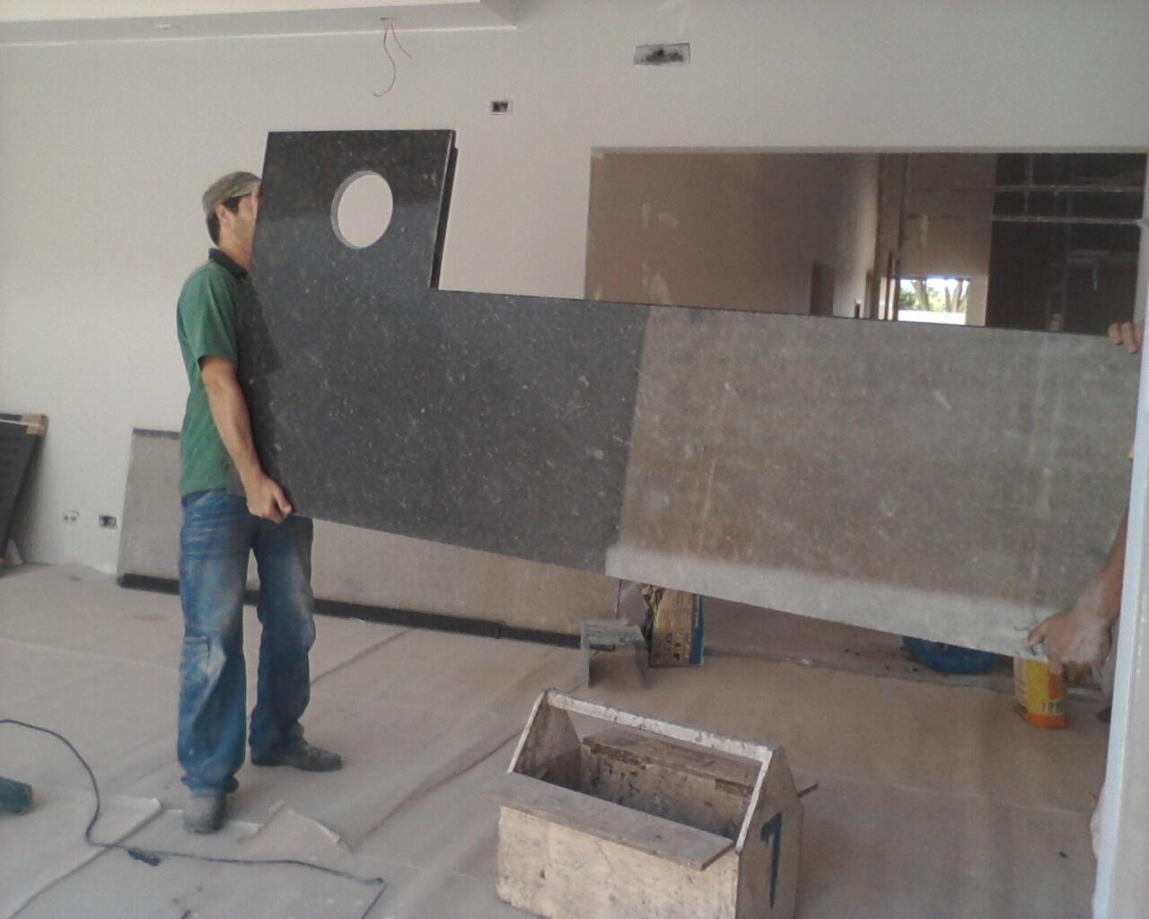 Portas e Guarnições Instaladas e granito cozinha e banheiro pronto #4B6368 1280 1024