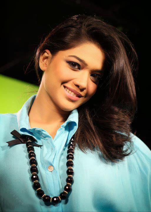 http://funkidos.com/pakistani-models-actors/sanam-jung-photos-and-biography