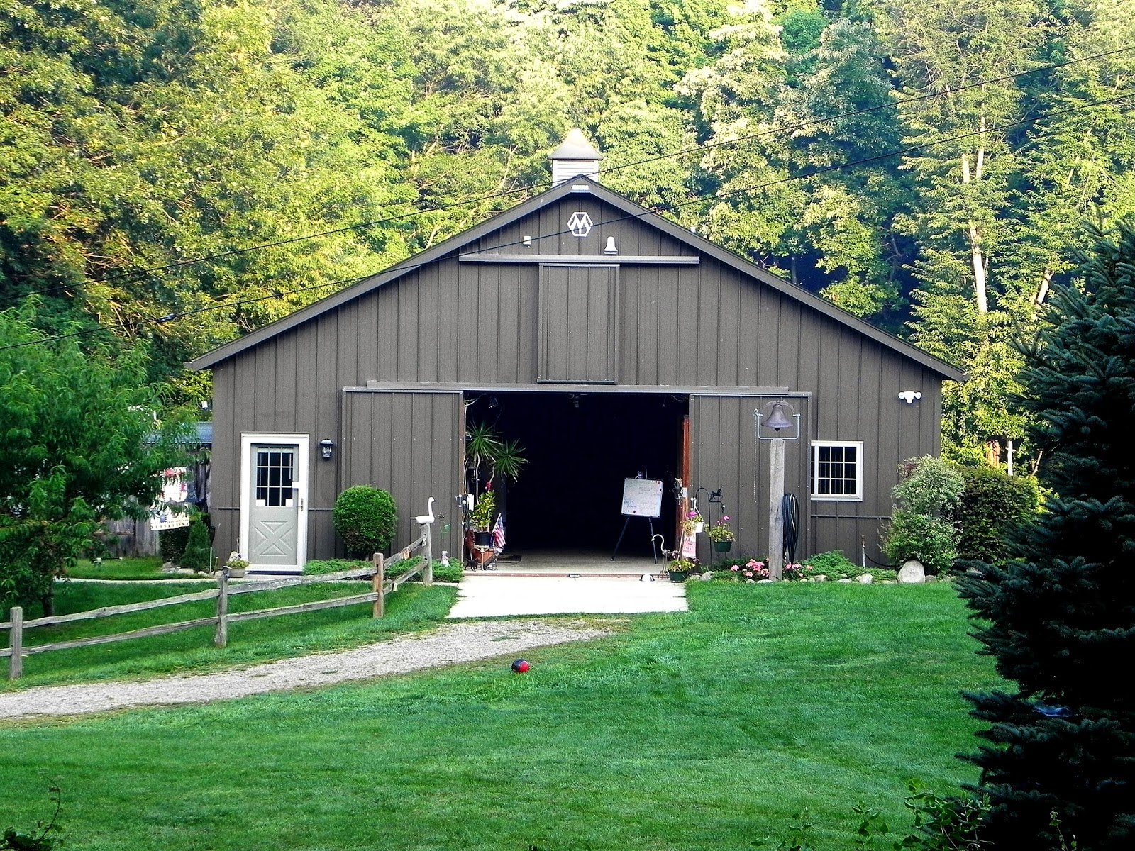 Jared arnold greater kalamazoo real estate for Cost of building a horse barn