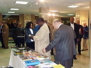 Exposición Guinea a través de los libros