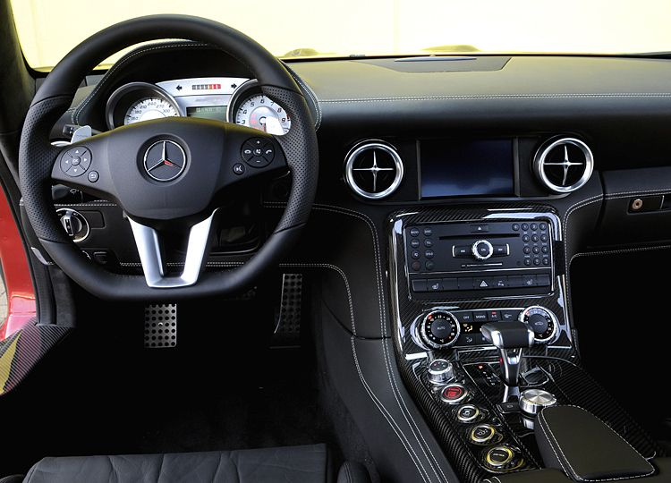 Cars World: Mercedes-Benz SLS AMG Interior