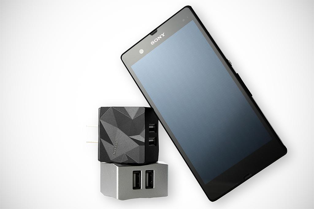 Otisan Reflex 3.1A鋁合金雙USB充電器 開箱