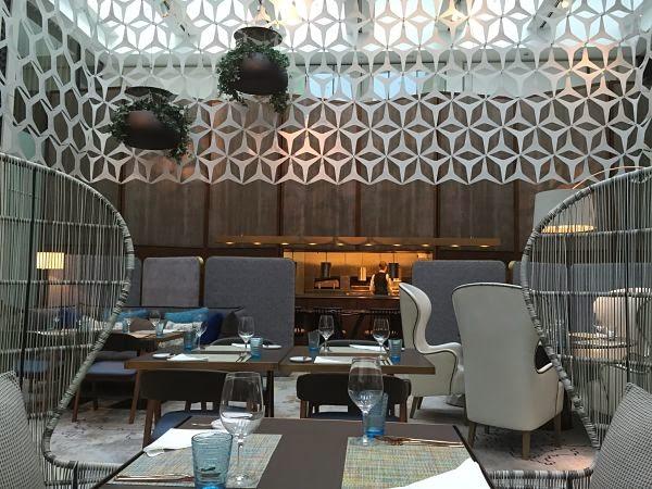 BistrEau-Mandarin-Hotel-Sala