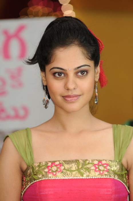 bindhu madhavi , bindhu madhavi photo gallery