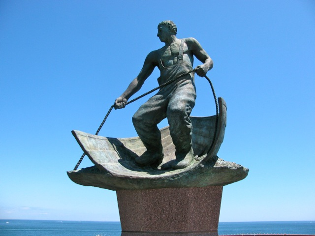 Lost-at-Sea-Memorial-at-Montauk-Point