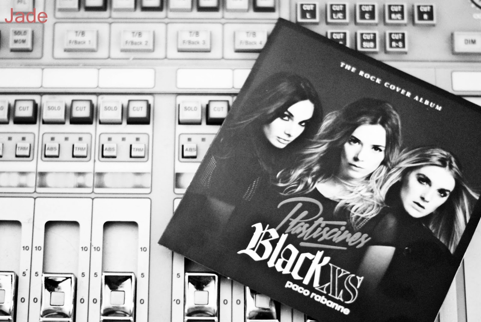 plastiscines x black xs paco rabanne