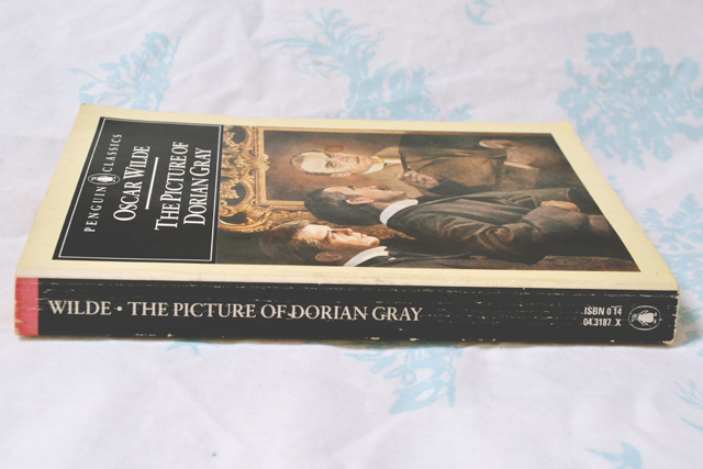 literary analysis essay picture dorian gray Analysis of dorian gray essaybeauty over morality permeates the main character's, dorian gray, actions in the picture of.