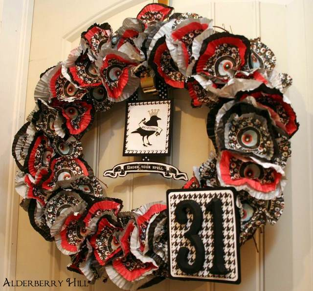  Cupcake Wreath