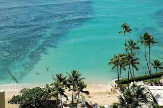 Waikiki Beach Hawaii (Best Honeymoon Destinations In USA) 6