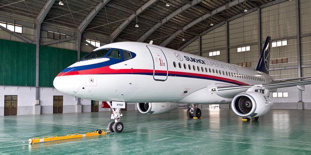 Sukhoi SuperJet 100 Rusia