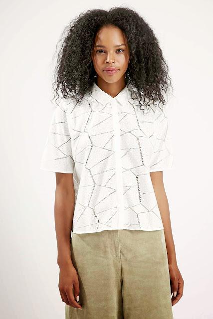 topshop white short sleeved shirt,