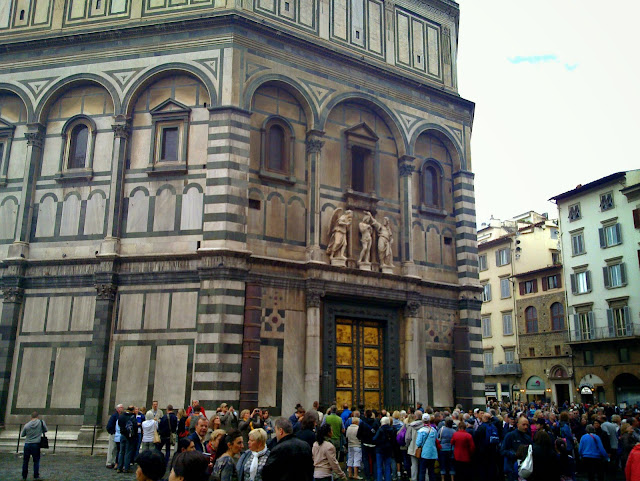 an essay on the florence baptistery The maintenance and completion of the baptistery of san giovanni, one of the oldest and most significant buildings in florence, was entrusted to the arte del calimala guild.