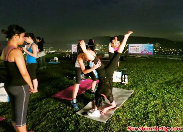 Yoga in the Sky, Yoga Rebel, Tara Stiles, Stratosphere, the roof, first avenue, bandar utama, yoga, fitness, lifestyle