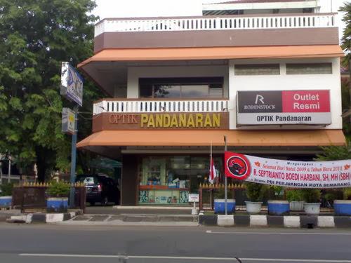 Foto Optik Pandanaran Jalan Thamrin