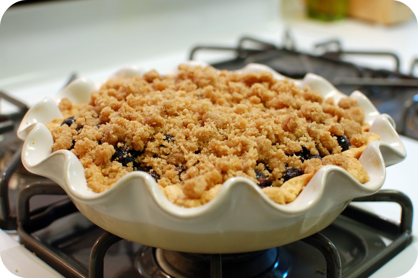 lbs good spoon: Blueberry Crumble Pie