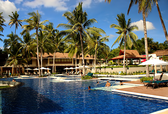 a review henann resort alona beach of panglao bohol. Black Bedroom Furniture Sets. Home Design Ideas