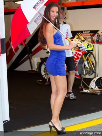 Gambar foto Gadis payung sexy motoGp20.jpg