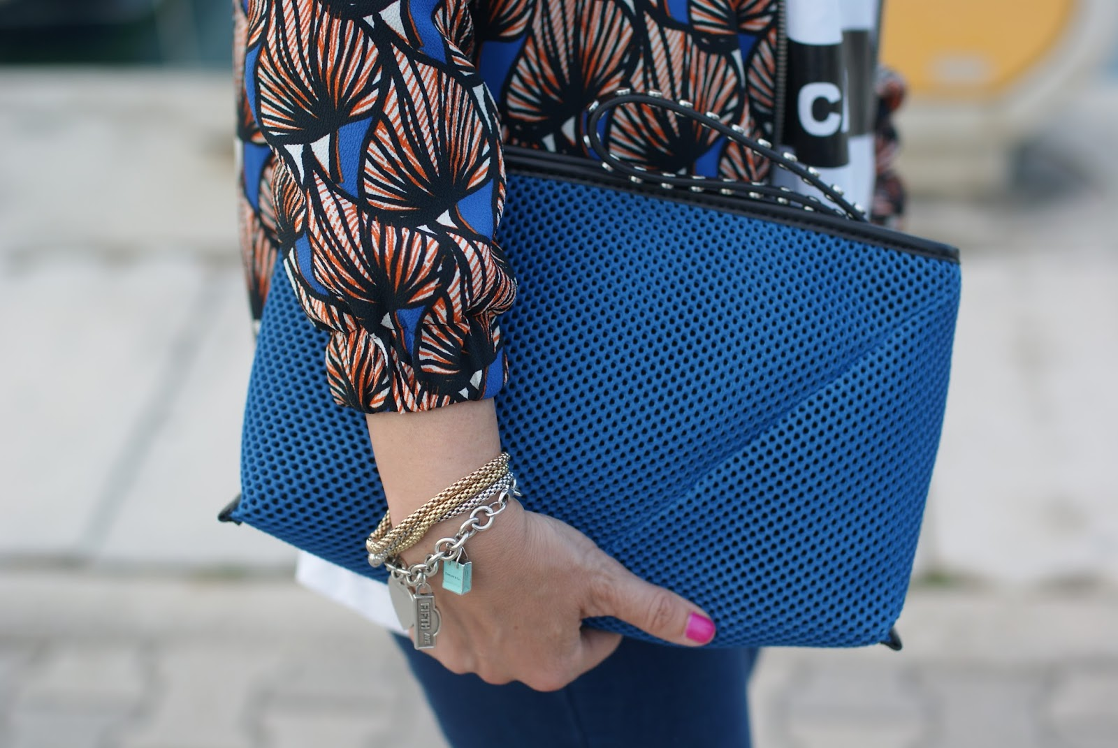 Zara clutch and Fope bracelets on Fashion and Cookies fashion blog