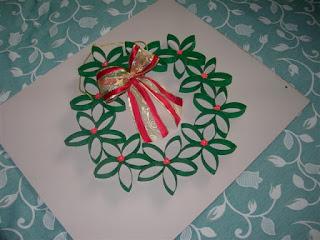 Cose di clem ghirlanda natalizia fuoriporta riciclo - Ghirlanda porta natale ...