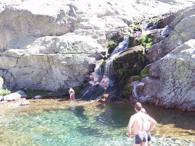 bassin naturel. sierra de gredos