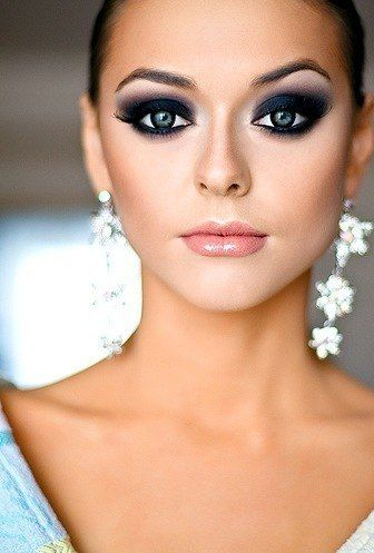 Makeup That Perfects Your Prom Look - Simple Elegance