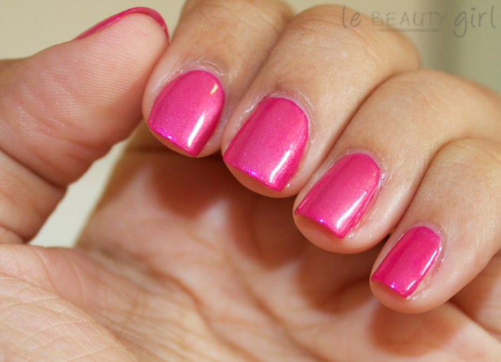 Nails: Fuchsia Fanatic + Kisses & Bises
