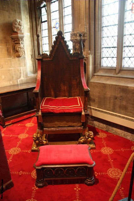 British Monarchs Are Still Crowned Upon It. The Lord Mayors Of Many British  And Irish Cities Often Preside Over Local Councils From Throne Like Chairs.